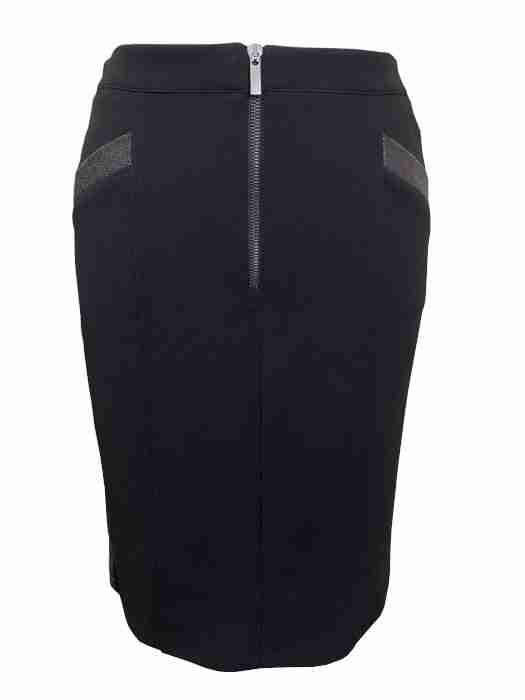 AndAmio Black Skirt front